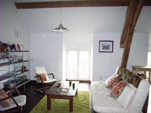 Self-catering apartments near Auxerre Burgundy