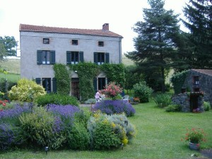 Excellent value guest house accommodation near Issoire Auvergne