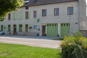 B&B accommodation near Dijon and Burgundy vineyards