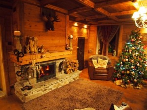 A woodburning smell is one rason I love France in winter
