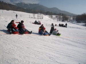 Luge or tobogganing for children of all ages