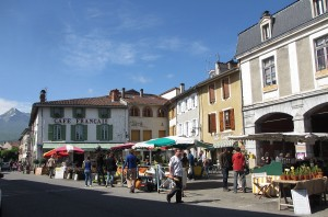 Support local producers on your holiday to France